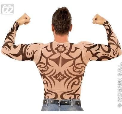 tetovált felsőtest
