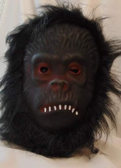 Gorilla maszk, szörzettel