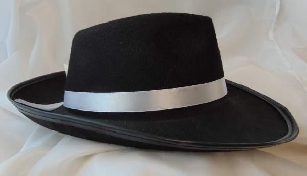 fekete gengszter kalap