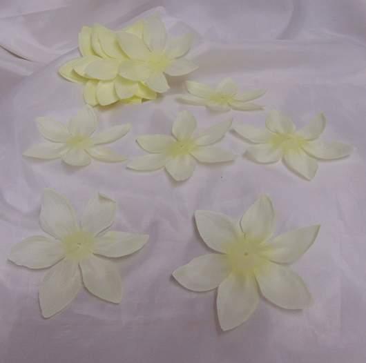 hawaii virág krém, 11 cm-s (kb 25 db)