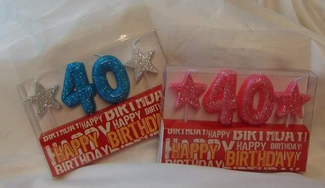 évszámos, csillámos születésnapi gyertya 40. (rózsaszín vagy kék színben)