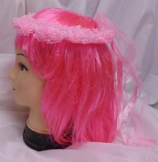 koszorú szalaggal, rózsaszín